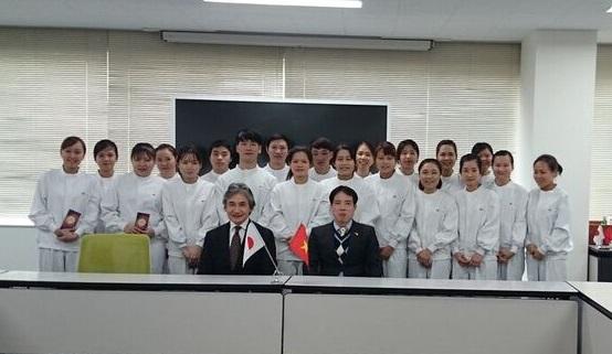 Ngày mùng 8 tháng 2, Trưởng Ban Quản lý lao động, Đại sứ quán Việt Nam tại Nhật Bản, ông Phan Tiến Hoàng đã đến thị sát công ty tiếp nhận Thực tập sinh.